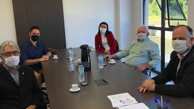 Observatório Social e OAB Itajaí firmam acordo de cooperação técnica