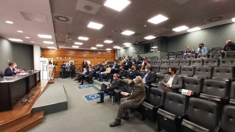 Observatório Social de Itajaí participa de debate na Alesc sobre privatização dos portos